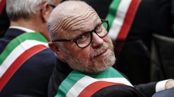"""Appello antirazzista Rossi-Nardella, il sindaco Cinquestelle di Livorno Nogarin: """"E' infirmabile"""""""