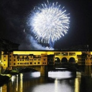 """Firenze, fuochi di San Giovanni """"blindati"""": area limitata a ventimila persone"""