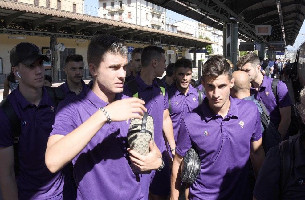 La Fiorentina in partenza per il ritiro di Moena