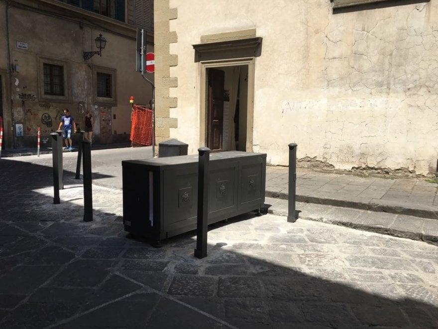 Firenze, a San Niccolò installata la terza barriera antitraffico: