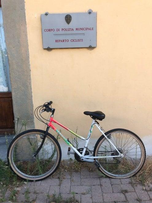 Firenze, controlli al parco delle Cascine: ritrovate sei biciclette