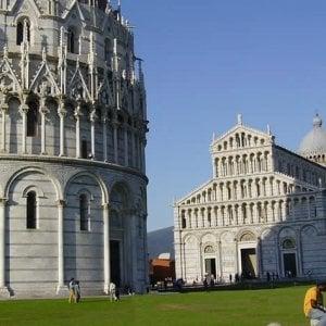Pisa, falso allarme bomba per una valigia sospetta in piazza dei Miracoli
