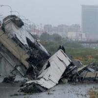 Ponte crollato a Genova, soccorsi partiti anche dalla Toscana