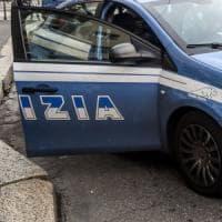 Firenze, i ladri picconano la porta e saccheggiano una casa alle Cure
