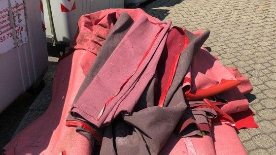 Firenze, abbandona moquette vicino ai cassonetti: multa di 600 euro