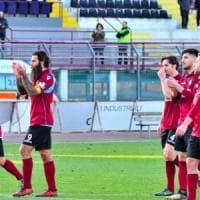 Tifose dell'Arezzo aggredite a Lucca dopo il derby