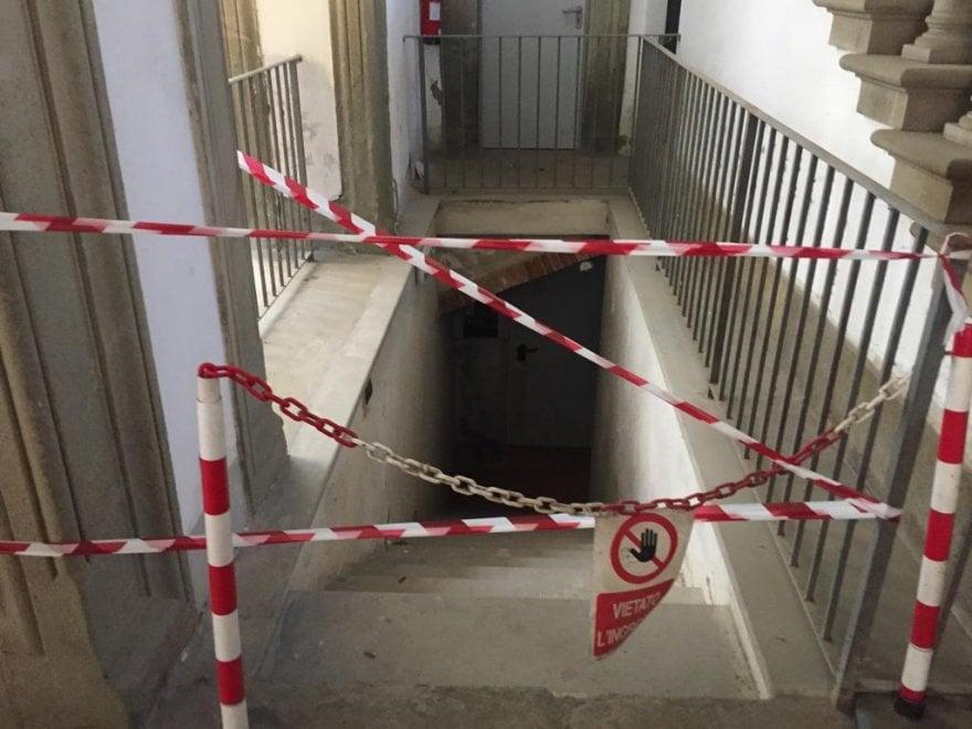 Arezzo, due dipendenti dell'Archivio di Stato morti soffocati dal gas