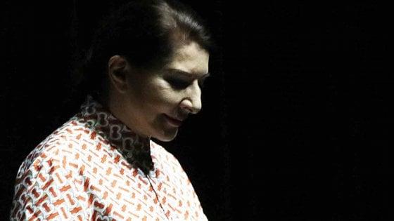 Marina Abramovic aggredita a Firenze, un fermo