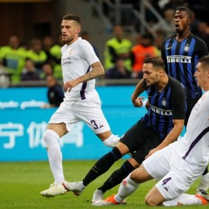Una bella Fiorentina si arrende all'Inter: 2-1