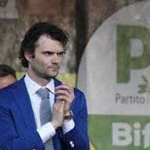 Prato, sindaco indagato per abuso d'ufficio nell'inchiesta sullo stadio