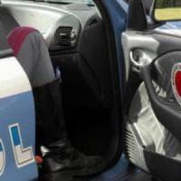 Pisa, bimba di 2 anni ha un arresto cardiaco su un bus in autostrada: salvata