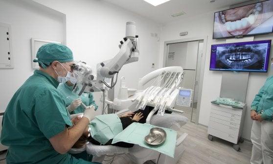 Denti e salute, c'è un nemico in agguato