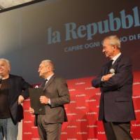 I 30 anni di Repubblica Firenze, la festa al Teatro del Maggio. Calabresi: