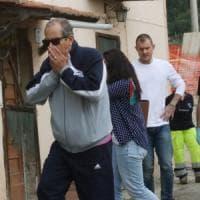 Tragedia a Sesto Fiorentino: vicino di casa spara e uccide un uomo e suo figlio