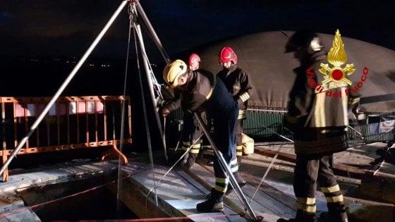 Pisa, operaio precipita in una cisterna: è grave