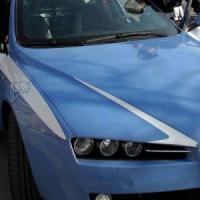 Furto in casa all'Isolotto, scoperti in pieno giorno: 2 agenti feriti