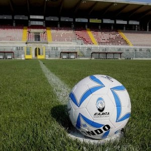 Arezzo, maxi squalifica al baby calciatore che dopo aver sub