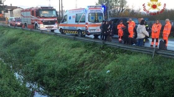 Muore investita mentre porta la figlia a scuola a Santa Croce sull'Arno