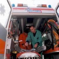 Firenze, a Careggi ottantaquattrenne al volante semina il panico: ha scambiato