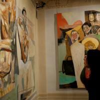 Figure magnetiche nell'arte di Urgessa: la mostra a Firenze