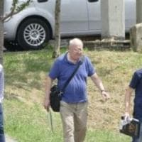 Prato, al via il processo per il prete sorpreso in auto con una bimba a