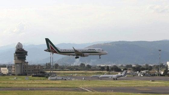 """Firenze, aeroporto di Peretola, Salvini: """"La nuova pista non toglie niente a nessuno"""""""