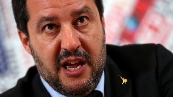 """Morto durante fermo di polizia a Empoli, Salvini: """"Cosa dovevano fare, offrire cappuccio e brioche?"""""""