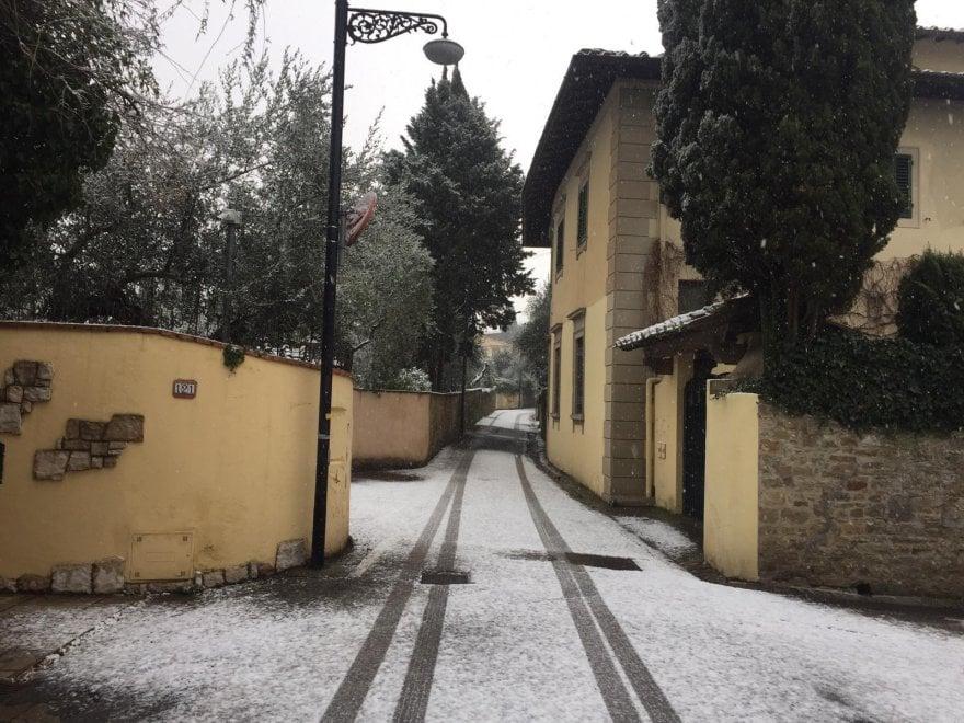 Firenze sotto la neve: le immagini