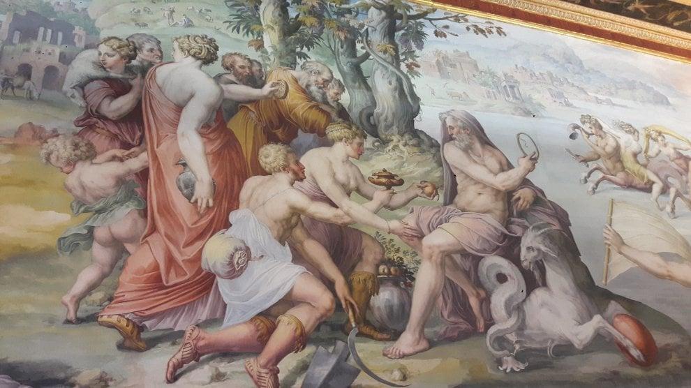 Firenze, torna a splendere il soffitto della Sala degli Elementi a Palazzo Vecchio