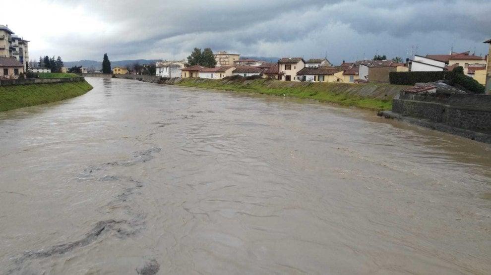 Maltempo, dal Serchio al Bisenzio: i fiumi in piena