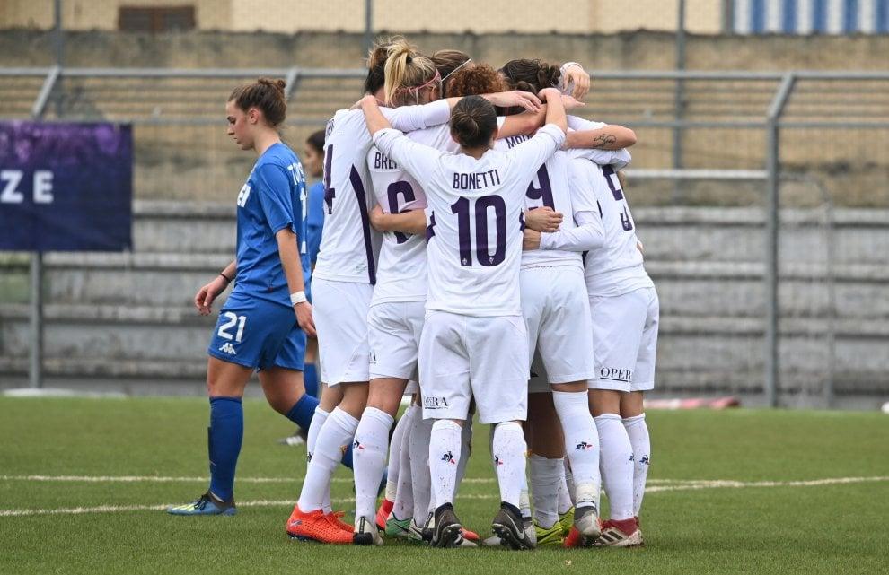La Fiorentina Women's cala il poker contro il Sassuolo: viola a un punto dalla vetta