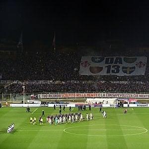 Calcio, scontri tra tifosi dell'Atalanta e polizia a Firenze: cinque agenti feriti