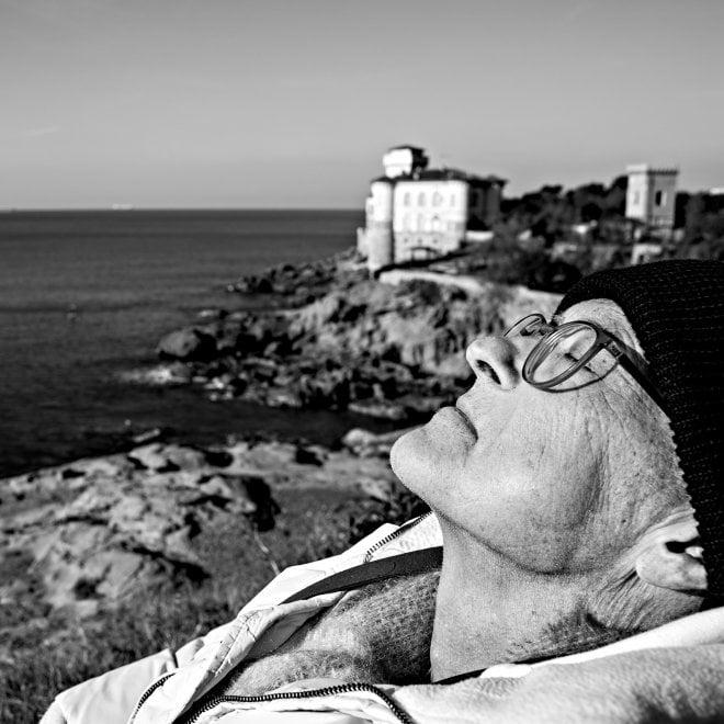 Pistoia, dal matrimonio nel letto di casa alla gita al mare: si fotografa durante gli ultimi giorni di vita