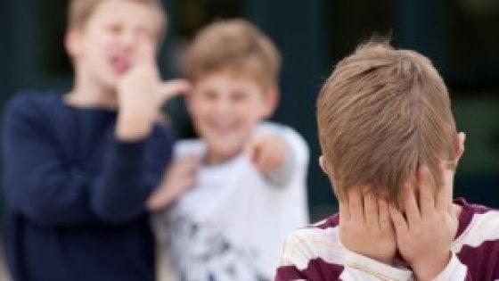 """Livorno, la denuncia sui social: """"Mio fratello autistico bullizzato a scuola"""""""