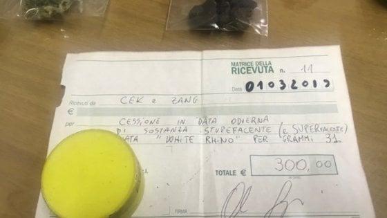"""Arezzo, spaccia droga e """"rilascia"""" ricevuta ai clienti, arrestato"""