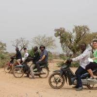 L'alternanza scuola-lavoro a cinqumila chilometri da casa, il foto-racconto degli studenti toscani in Burkina Faso