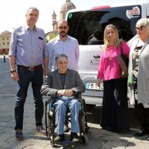 Firenze, arrivano tre nuovi taxi per i disabili