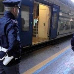 Toscana, il vademecum della polizia ferroviaria per evitare i furti in stazione