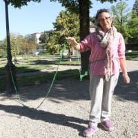 """Firenze, si """"incatena"""" per protesta all'Orticoltura"""