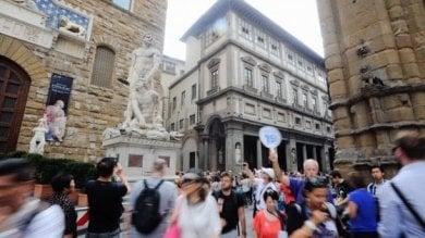 Rep :   Case e castelli in affitto      ai turisti ma senza pagare le tasse