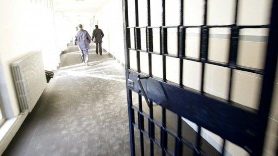 Firenze, inala gas dal fornelletto della cella, morto detenuto a Sollicciano