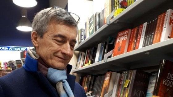 """Facebook, il gruppo """"Un libro tira l'altro"""" di riunisce a Firenze"""