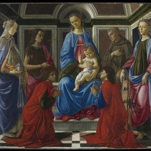 """Uffizi, la Pala di Sant'Ambrogio rivela il """"tormento creativo"""" del giovane Botticelli"""