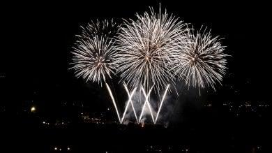Ecco i fuochi d'artificio più belli  che abbiamo visto a San Giovanni  foto