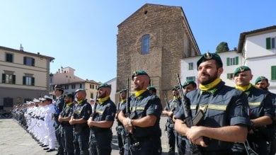 Firenze, in piazza del Carmine festa per  i 245 anni della Guardia di Finanza -  foto