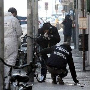 Bomba di Capodanno a Firenze, tre anarchici condannati per il ferimento dell'agente