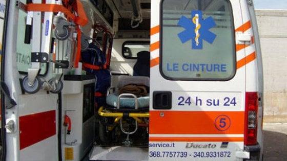 Firenze, autobus contro uno scooter: donna di 53 anni in codice rosso a Careggi