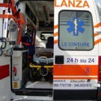 Firenze, autobus contro uno scooter: donna di 53 anni in codice rosso a