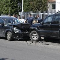 Firenze, non si ferma all'alt della polizia e tenta la fuga: denunciato trentenne