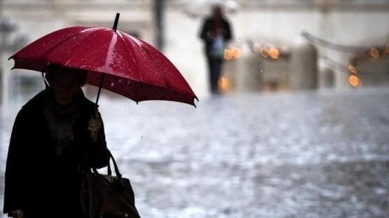 Maltempo Toscana, allerta per temporali estesa fino a sabato